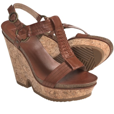 Frye Braylin Artisanal T-Strap Sandals - Leather (For Women) in Cognac