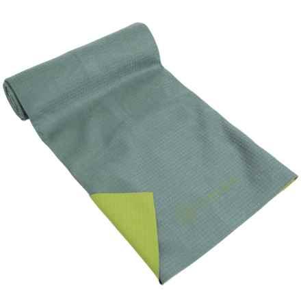 Gaiam No-Slip Yoga Mat Towel in Citron Storm Amz - Closeouts