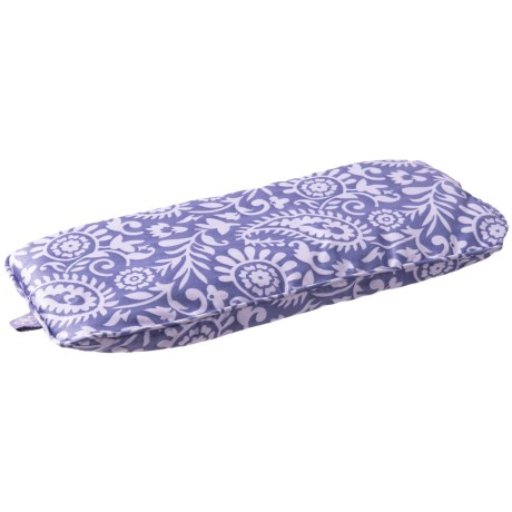 Gaiam Relax Lavender-Scented Eye Pillow in Lavender/White