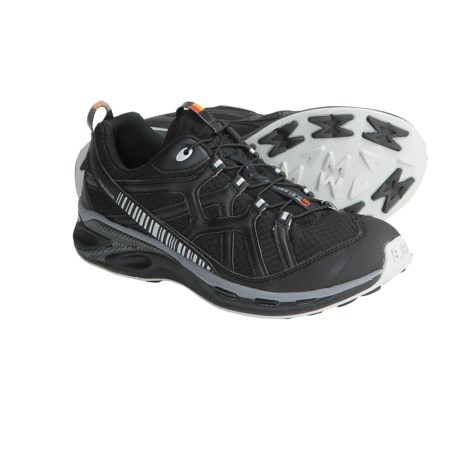 Garmont 9.81 Escape Trail Running Shoes (For Men) in Black