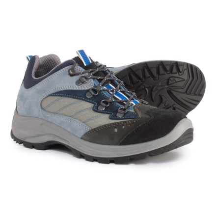 9f49fb363fb8 Garsport 620 Low-Injected Hiking Shoes (For Men) in Navy Blue
