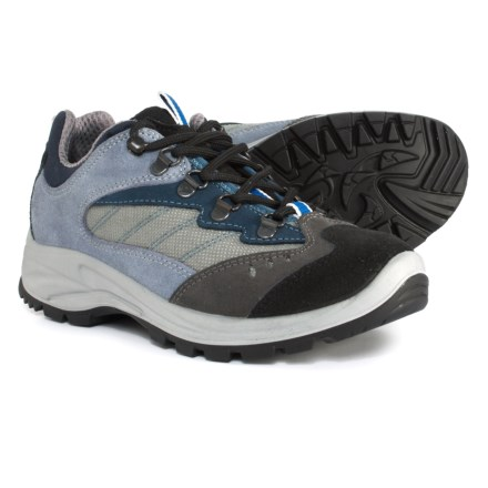 97a8221da2d2 Garsport 620 Low-Injected Hiking Shoes (For Women) in Navy Blue