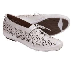 Gentle Souls Sol Zest Oxford Shoes - Laser Cut (For Women) in White