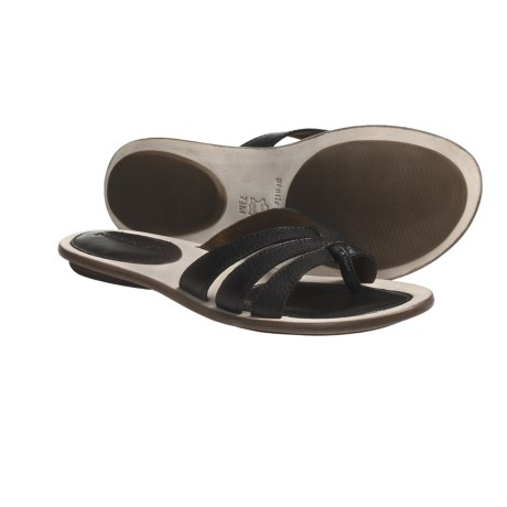 Gentle Souls Urban Nova Sandals (For Women) in Black