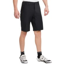 Giro Ride Classic Cycling Overshorts (For Men) in Jet Black - Closeouts