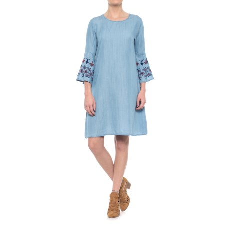 Given Kale Kara Embroidered Bell Sleeve Dress - 3/4 Sleeve For Women) in Light Wash