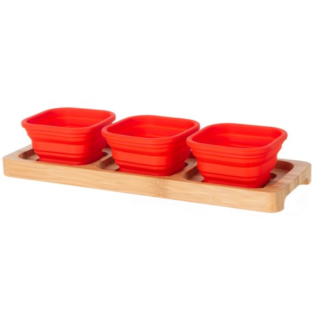 Good Cooking Collapsible Silicone Bowls and Bamboo Tray in Red