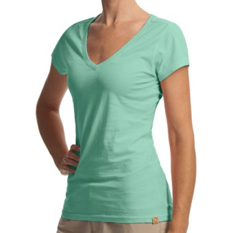 Gramicci Marea Daytona V-Neck T-Shirt - Slub Knit Jersey, Short Sleeve (For Women) in Cockatoo