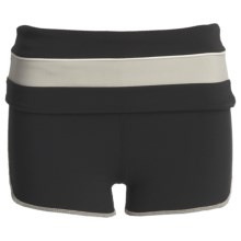 Gramicci Merrion Athletic Shorts - UPF 50 (For Women) in Jet Black - Closeouts