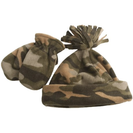 Grand Sierra Fleece Hat and Mitten Set (For Toddlers) in Green Camo