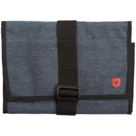 Grand Trunk Getaway Toiletry Bag - Medium in Mountain Grey - Closeouts