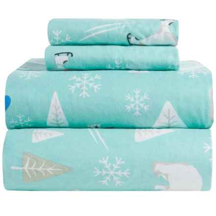 Great Bay Home Stratton Printed Flannel Sheet Set - Full in Snowboarding Polar Bear - Closeouts