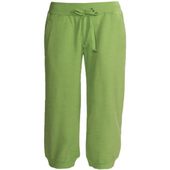 Greetings From Fleece Capris (For Women) in Green