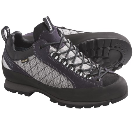 Hanwag Badile Low Gore-Tex® Trail Shoes - Waterproof (For Women) in Pflaume