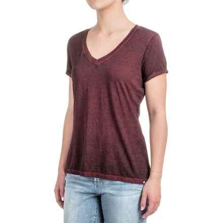 Heathered High-Low Knit Shirt - V-Neck, Short Sleeve (For Women) in Wine/Black - 2nds