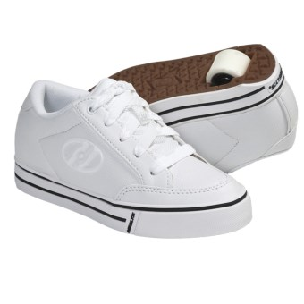 Heelys Wave Wheel Heel Skate Shoes (For Boys and Girls) in White/White