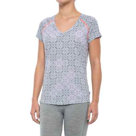 Helly Hansen Active Flow Base Layer Top - UPF 50, Short Sleeve (For Women) in Nimbus Cloud - Closeouts