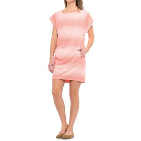 Helly Hansen Thalia Dress - Short Sleeve (For Women) in Blossom
