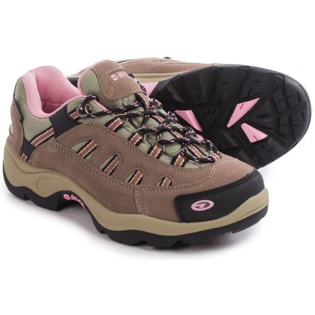 Hi-Tec Bandera Low Hiking Shoes - Waterproof, Suede (For Women) in Taupe/Blush