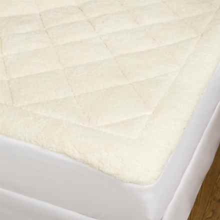 Home Fashions Astor Decor Sherpa/Seersucker All-Season Mattress Pad - Queen, Reversible in White Cream - Closeouts