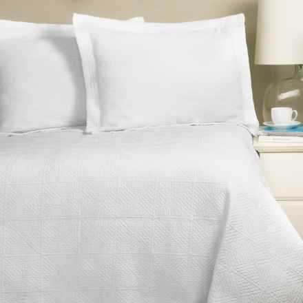 Home Fashions Vanessa Collection Stonewashed Quilt Set - Full-Queen in Ivory - Closeouts