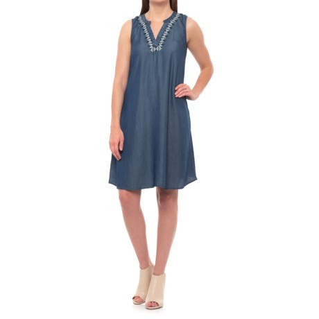 Hope & Harlow Saga Embroidered Dress - Sleeveless (For Women) in Chambray