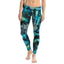 Hot Chillys MTF4000 Fiesta Printed Leggings (For Women) in Abstract Ocean - Closeouts