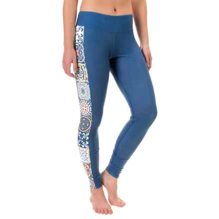 Hot Chillys MTF4000 Printed Leggings - Midweight (For Women) in Mediterranean - Closeouts