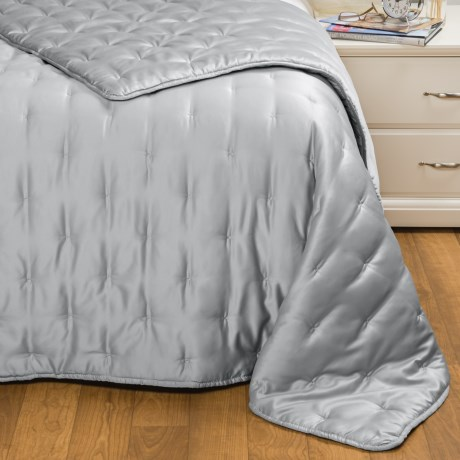 Hotel Balfour Matte Satin Solid Quilt - Full-Queen in Silver Grey
