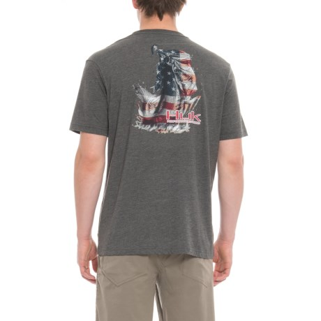 Huk KC Scott American Bass T-Shirt - Short Sleeve (For Men and Big Men) in Dark Grey Heather