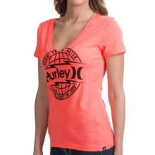Hurley Global T-Shirt - V-Neck, Short Sleeve (For Women) in Blaze Pink - Closeouts