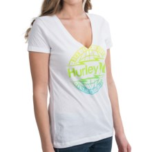 Hurley Global T-Shirt - V-Neck, Short Sleeve (For Women) in White - Closeouts