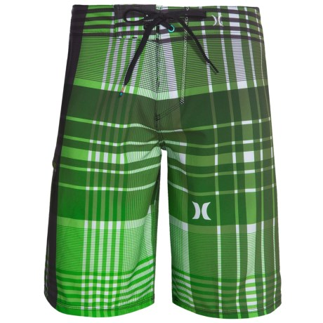 Hurley Phantom Catalina Boardshorts - Recycled Materials (For Men) in Neon Green