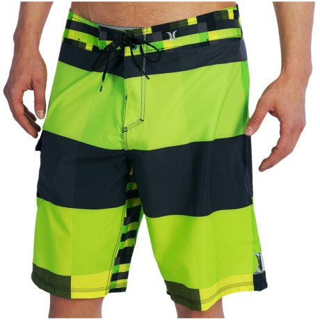 Hurley Phantom Kings Road Boardshorts (For Men) in Electric Green
