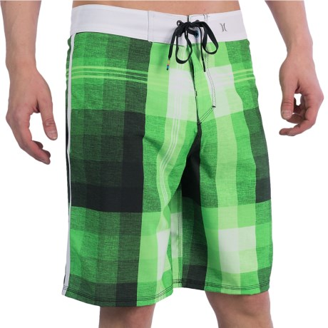 Hurley Phantom Marina Boardshorts (For Men) in Neon Green