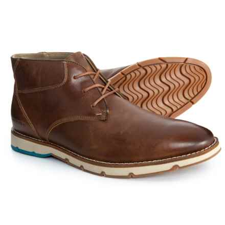 Hush Puppies Breccan Hayes Chukka Boots - Leather (For Men) in Light Brown