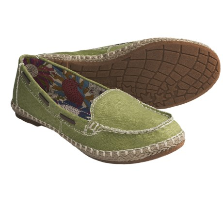 Hush Puppies Coppelia Moccasin Shoes - Slip-Ons, Canvas (For Women) in Green
