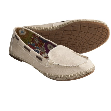 Hush Puppies Coppelia Moccasin Shoes - Slip-Ons, Canvas (For Women) in White