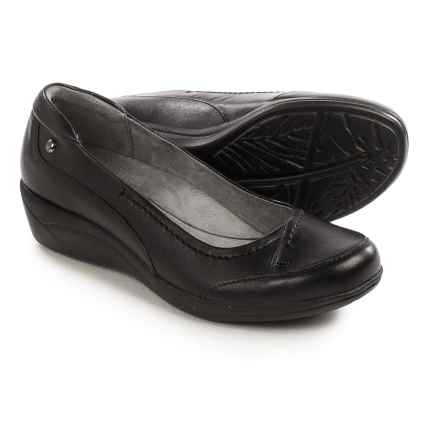 Hush Puppies Kellin Oleena Shoes - Leather, Slip-Ons (For Women) in Black - Closeouts