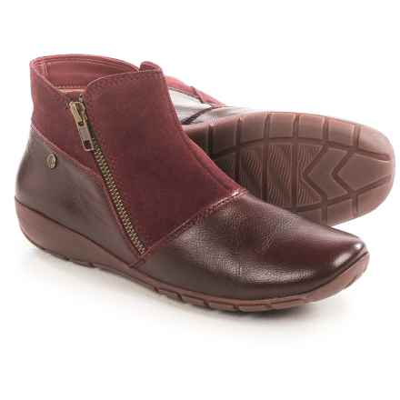 Hush Puppies Khoy Dandy Ankle Boots - Leather, Side Zip (For Women) in Wine - Closeouts