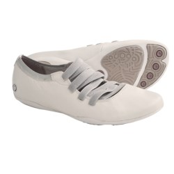 Hush Puppies Kriya Ghillie Shoes - Leather (For Women) in White