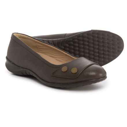 Hush Puppies Lara Bria Ballet Flats - Suede (For Women) in Dark Brown Leather - Closeouts