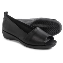 Hush Puppies Petra Carlisle Shoes - Leather, Slip-Ons (For Women) in Black - Closeouts