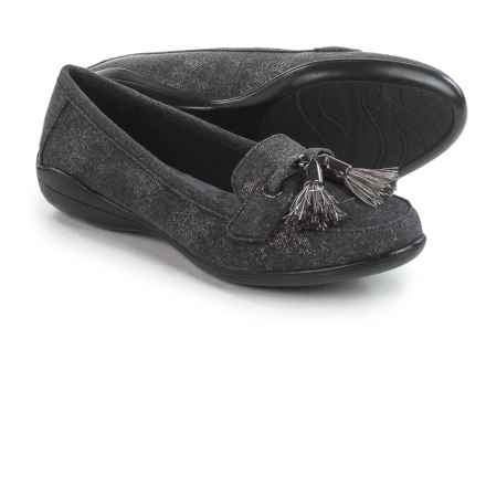 Hush Puppies Soft Style Denise Moccasins (For Women) in Washed Black - Closeouts