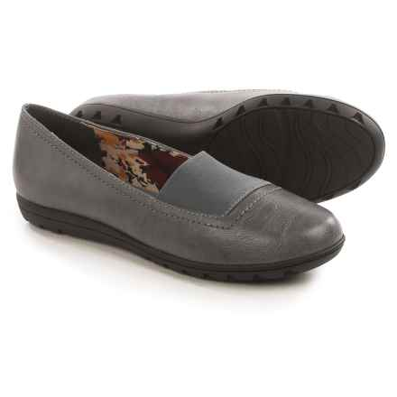 Hush Puppies Soft Style Varya Shoes - Leather, Slip-Ons (For Women) in Dark Grey - Closeouts