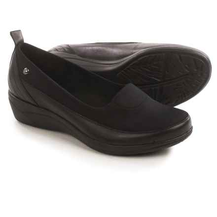 Hush Puppies Valoia Oleena Shoes - Leather, Slip-Ons (For Women) in Black - Closeouts