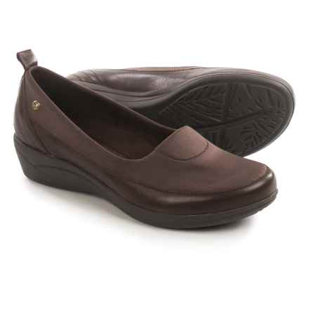 Hush Puppies Valoia Oleena Shoes - Leather, Slip-Ons (For Women) in Dark Brown - Closeouts