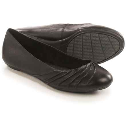 Hush Puppies Zella Chaste Ballet Flats - Leather (For Women) in Black Leather - Closeouts