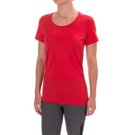 Icebreaker Aero Crewe Shirt - UPF 20+, Merino Wool, Short Sleeve (For Women) in Rocket/Oxblood - Closeouts