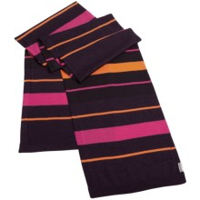 Icebreaker Mayfair Scarf - Merino Wool (For Men and Women) in Bordeaux/Cherub - Closeouts
